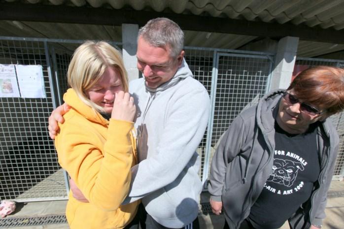 Emotioneel afscheid van hondenleven in asiel