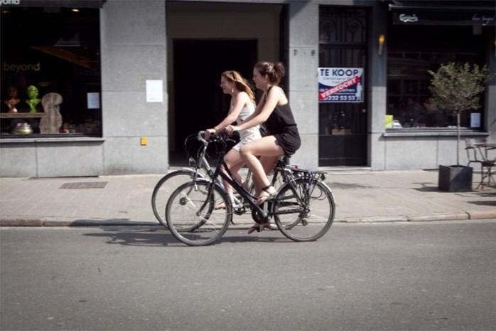 Antwerpen fietst in buik van peloton