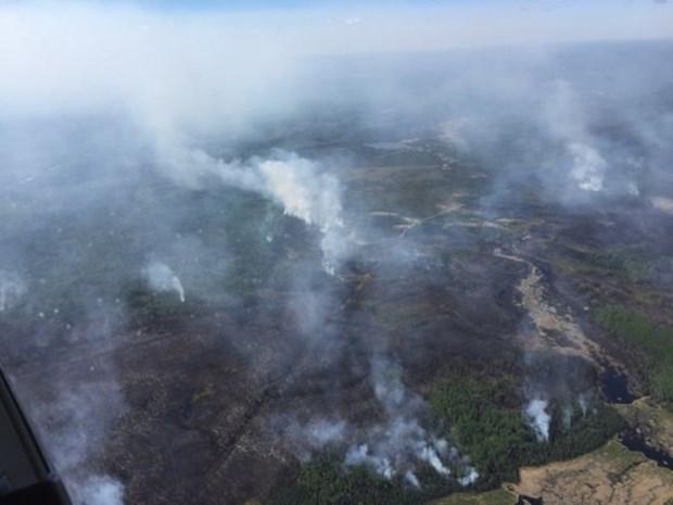 Zevenduizend mensen geëvacueerd wegens bosbranden in Canada