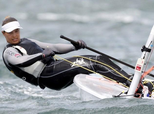 Evi Van Acker na eerste dag tweede in Laser Radial, Emma Plasschaert vijfde