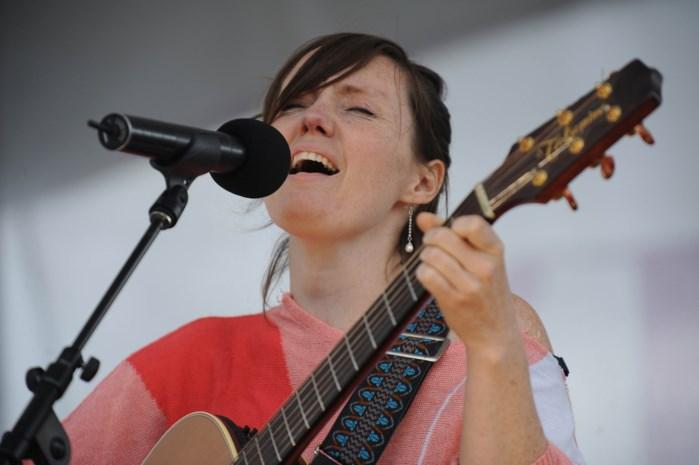 Frazey Ford concerteert in Trix