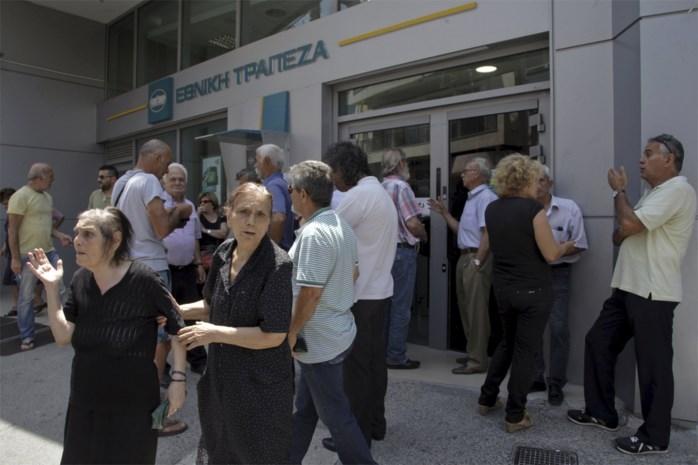 Griekse gepensioneerden mogen toch naar bank