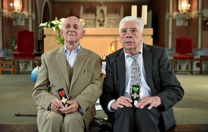 Maneblussers Luc Wauters (93) en Clement Rochette (80) krijgen Sint-Rumolduskruis