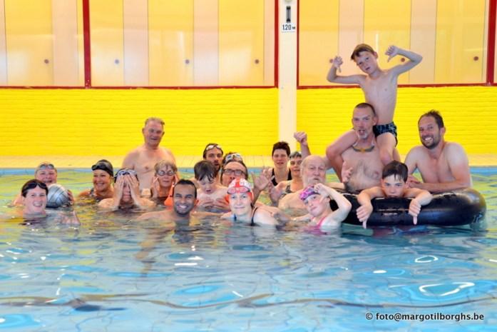 Allerlaatste zwembeurt in zwembad De Vennen