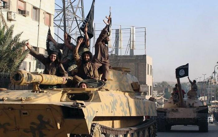 Minstens 22 doden bij luchtaanvallen van coalitie op ISIS-stellingen