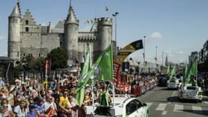 200.000 wielerfans maken zonovergoten Tourstart in Antwerpen mee