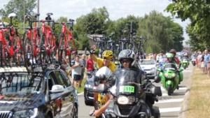 IN BEELD. Cancellara groet fanclub tijdens Tourrit