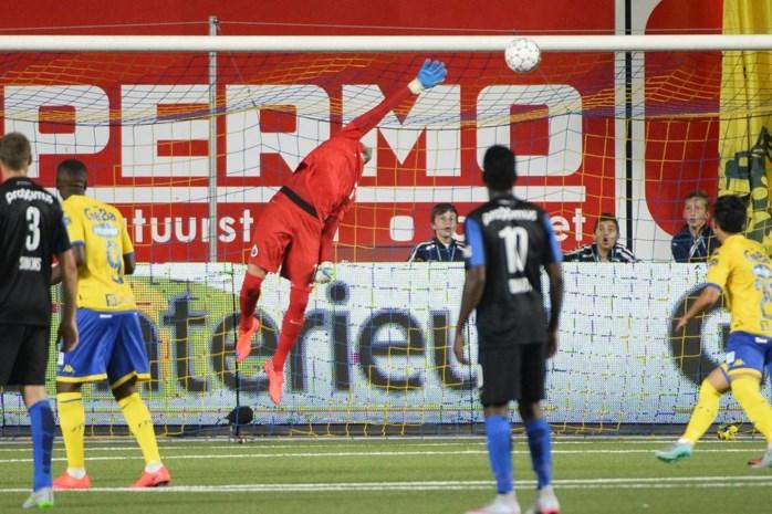STVV begint met stunt tegen Club Brugge