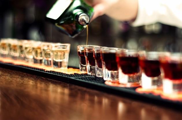 Wie zijn de stevigste drinkers wereldwijd?