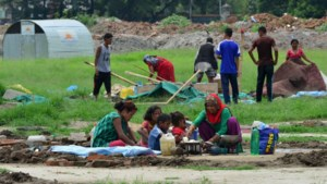 Minstens zestien doden bij aardverschuivingen in Nepal