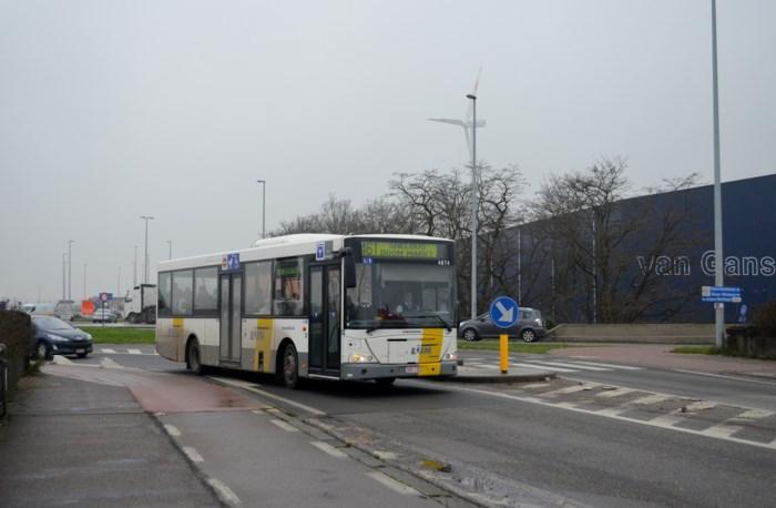 Extra piekbussen naar Brussel op lijnen 460 en 461