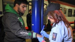 Tsjechië houdt Syrische vluchtelingen op weg naar Duitsland niet meer tegen