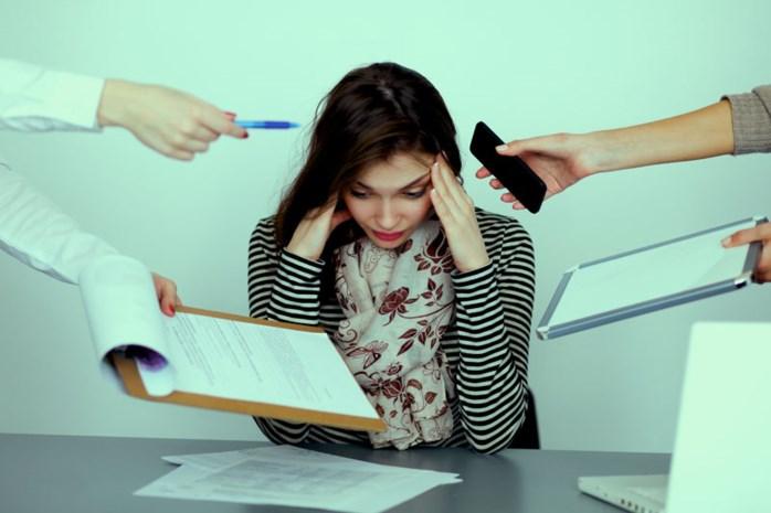 'Stress op werkvloer berokkent evenveel schade als passief roken'