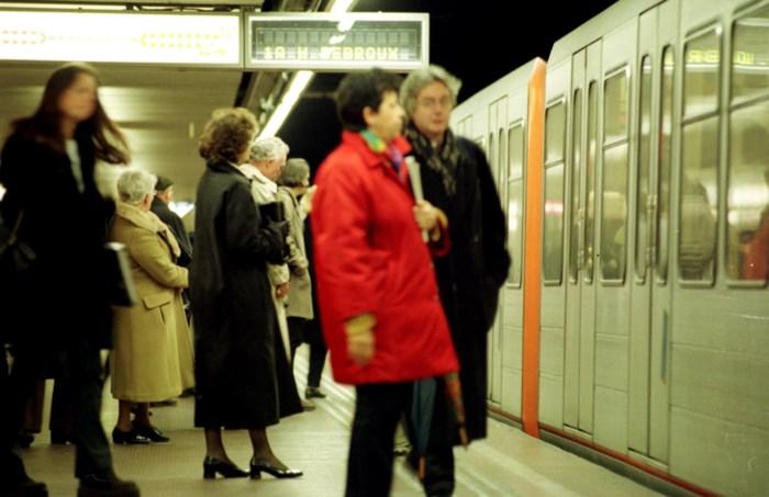 Meisje (8) dwaalt urenlang alleen rond in Brussel