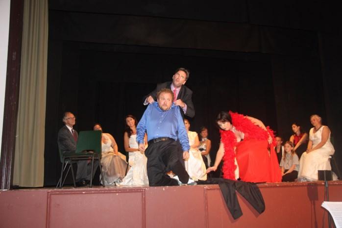Nieuw MuziekTheater Brasschaat brengt De Vleermuis van Johan Strauss