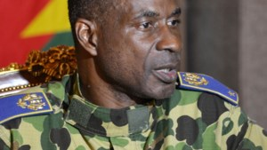 Nieuwe sterke man Burkina Faso belooft 'snel' verkiezingen