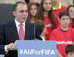 Prins Ali: 'Schandalen hangen als donkere wolk boven FIFA'
