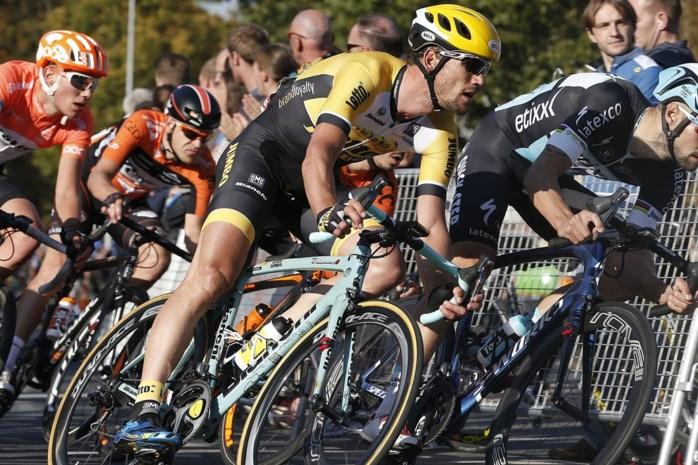 Maarten Tjallingii hangt fiets halverwege 2016 aan de haak