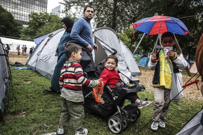 Meer dan helft van de Belgen vindt dat ons land te veel asielzoekers opvangt