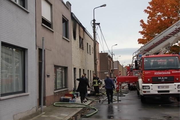 Peuter sterft bij brand in Zelzate, negen mensen gewond