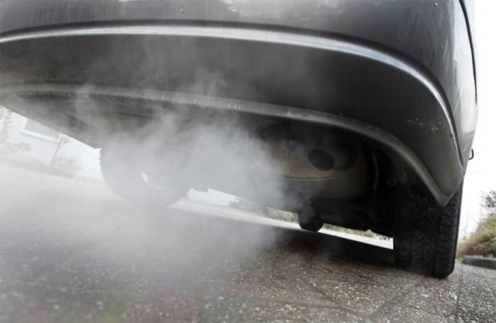 """EU """"dicht bij compromis"""" over invoering van nieuwe emissietests voor auto's"""