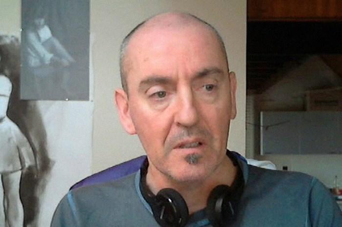 Speurders op zoek naar vrouwen uit sekstapes seriedoder Renaud Hardy