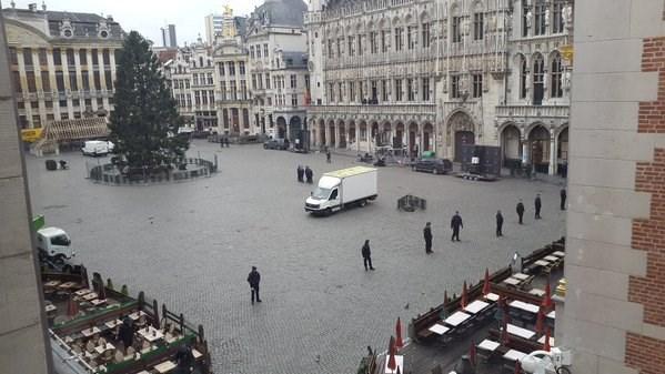 Ook ontruiming van Brusselse Grote Markt: studentenfeest geannuleerd
