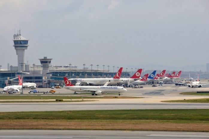 Tientallen vluchten uit Istanboel wegens felle windstoten geannuleerd