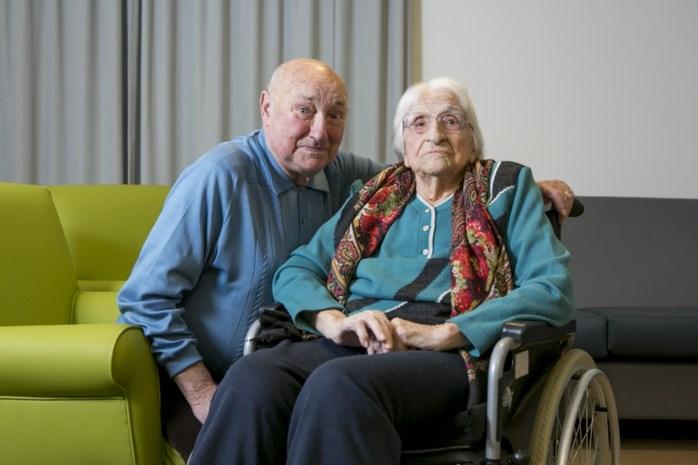 """Julia (107): """"In mijn stoel zitten, dat doe ik het liefst"""""""