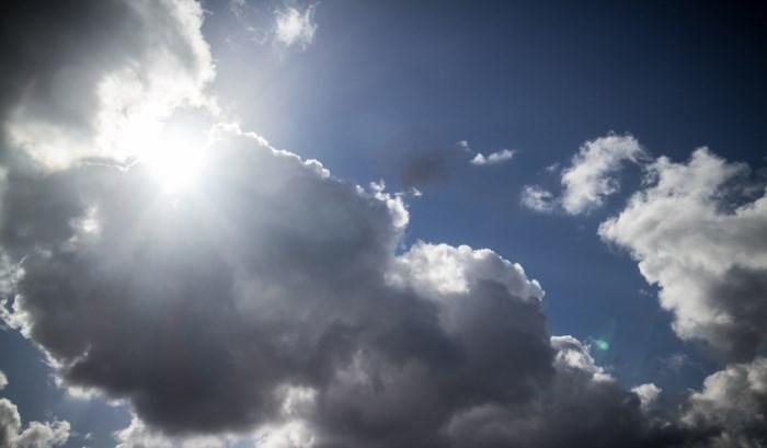 Bewolkt met nog geregeld zon