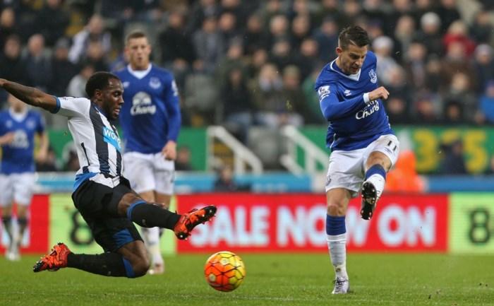 Kevin Mirallas mag niet weg bij Everton