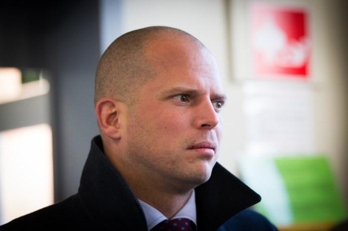 Francken opgetogen over veroordeling voor verhinderen uitwijzing