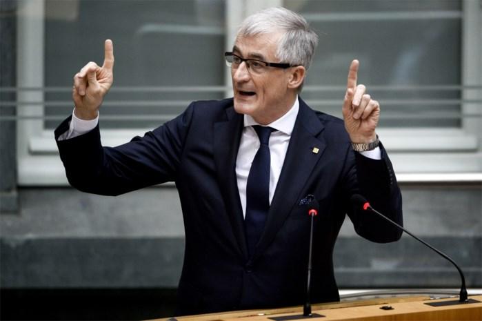 Minister-president Geert Bourgeois pleit voor grondwetswijziging voor nieuwe staatshervorming