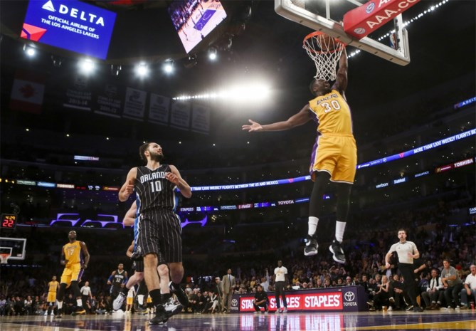 NBA. Spurs en ook Lakers winnen opnieuw
