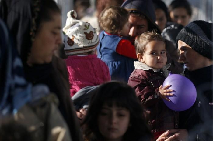 """""""Welvarende landen moeten meer Syrische vluchtelingen opnemen"""" (VN)"""