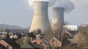 Duitsland vraagt België 'scheurtjesreactoren' Doel en Tihange tijdelijk stil te leggen