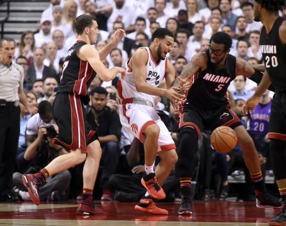 NBA. Raptors en Heat geven elkaar geen duimbreed toe