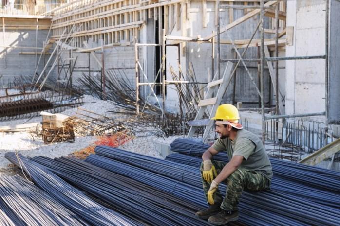 Elk jaar 1.000 Antwerpse bouwvakkers minder