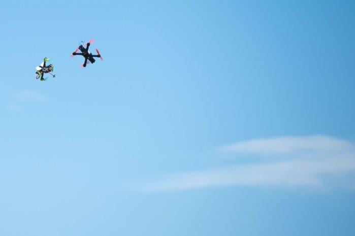 Nog meer drones boven Antwerpse haven
