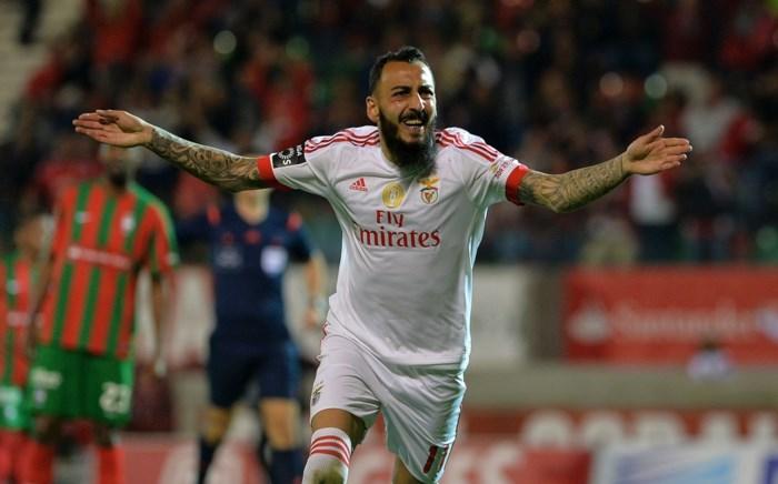 Grieks international Mitroglou definitief van Benfica