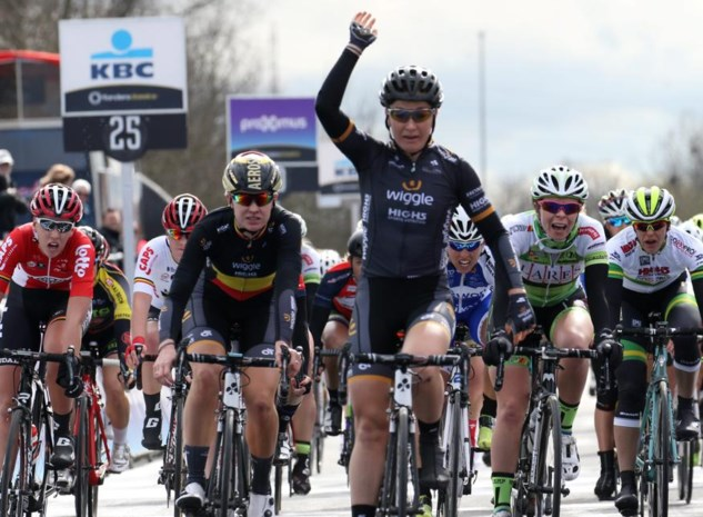 Amy Pieters wint tweede rit, Marianne Vos leidt in de Aviva Women's Tour