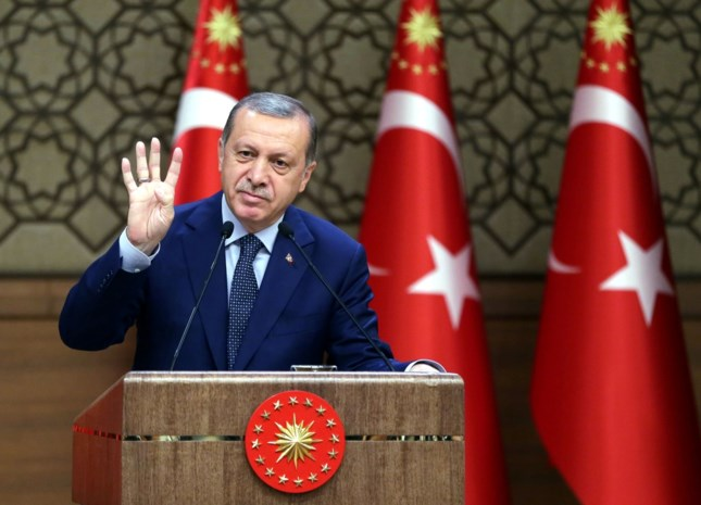 Erdogan wil zuivering onverminderd met harde hand voortzetten