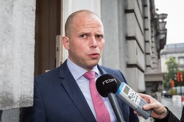 """""""Desastreus migratiebeleid van sp.a en Groen heeft racisme gevoed"""""""