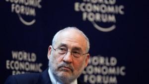 Nobelprijswinnaar stapt op uit expertencommissie Panama