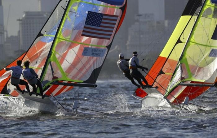 Lefebvre en Pelsmaekers klimmen naar 15e plaats in 49er
