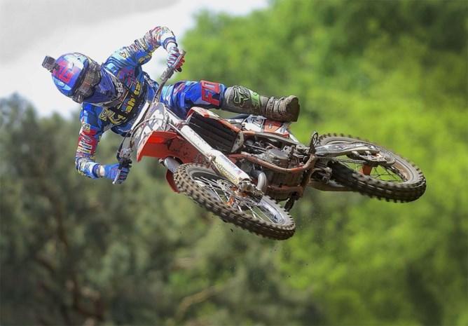 Jago Geerts pakt wereldtitel in het Junior motorcross