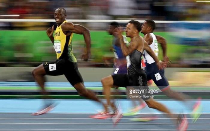 FOTO. Zo makkelijk was de olympische 100 meter voor Bolt