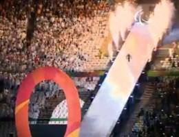 Paralympische Spelen afgetrapt met spektakel maar ook controverse en zelfs boegeroep