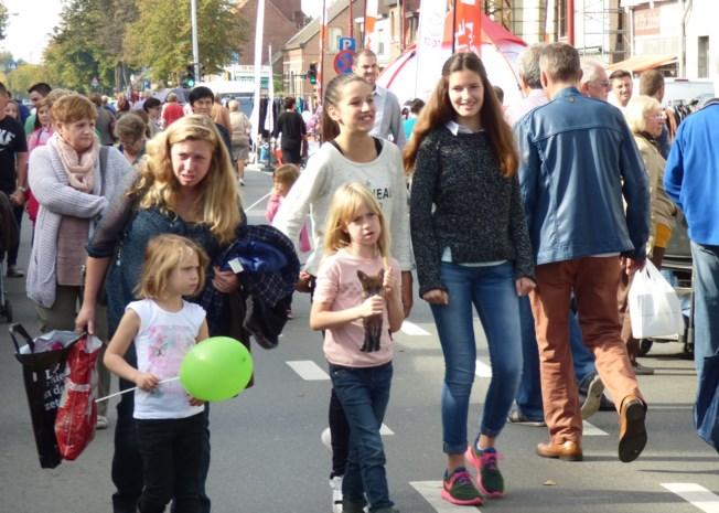 Dorpsdag brengt weer duizenden op de been