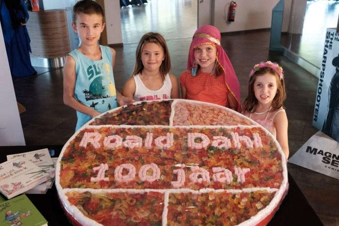 Jarige Dahl betovert kids, mama's en BV's